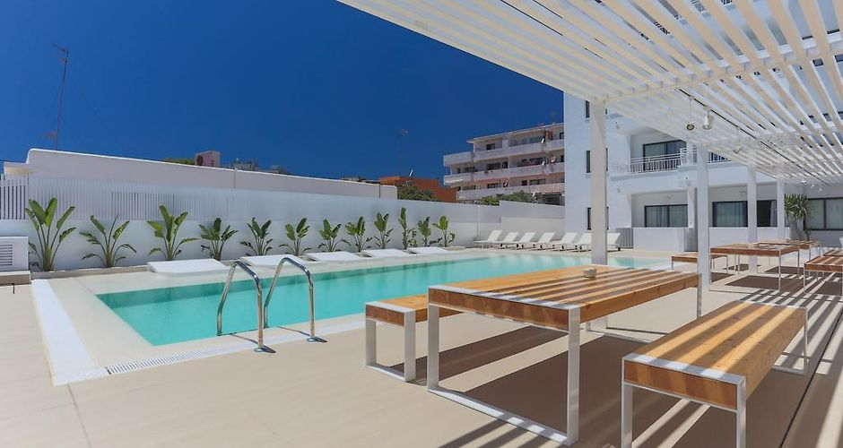 White Apartments   Adults Only Ibiza Town